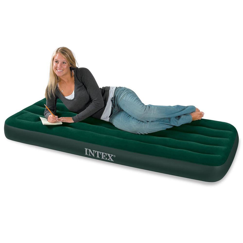 single luftbett g stebett 191x99x22cm bett mit integrierter fusspumpe von intex ebay. Black Bedroom Furniture Sets. Home Design Ideas